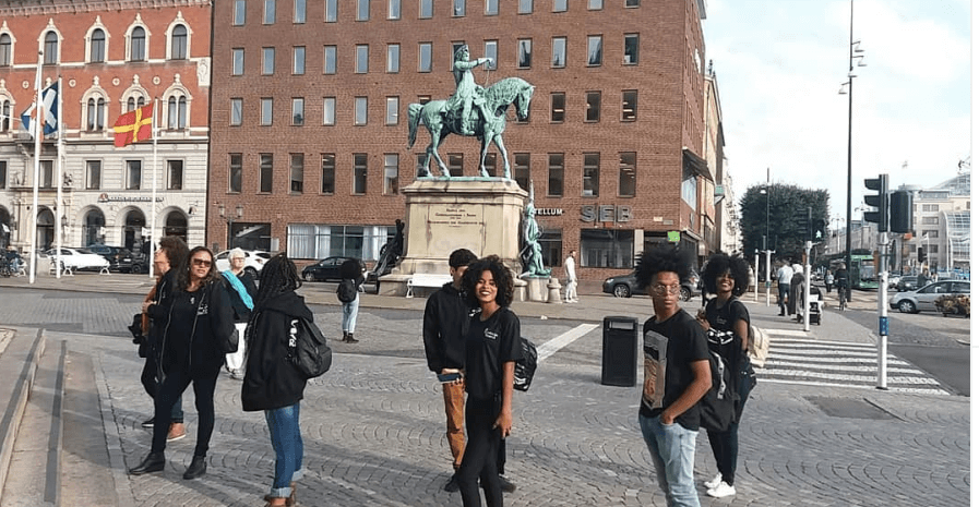Grupo Revolução Teatral  i Danmark